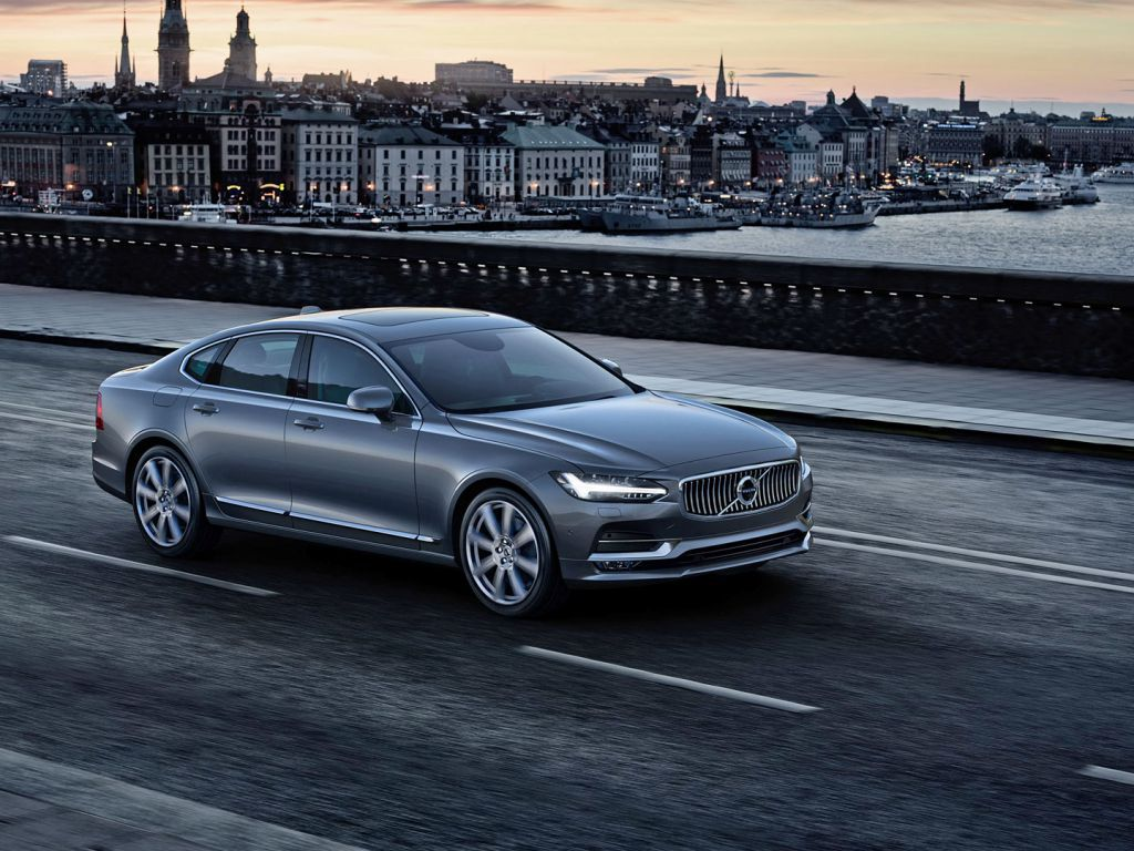 2017 Volvo S90 Plays Swedish Luxe Card 11422453 also Salon De Detroit Volvo S90 2017 further 1127 Volvo V90 T8 6 also Nove Volvo S90 Prvni Nahled furthermore Naias 2015 Volvo. on volvo s90 t8 twin engine at the 2016 naias photos videos